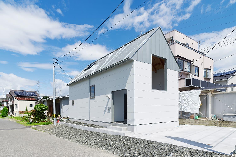 諏訪町のハウス